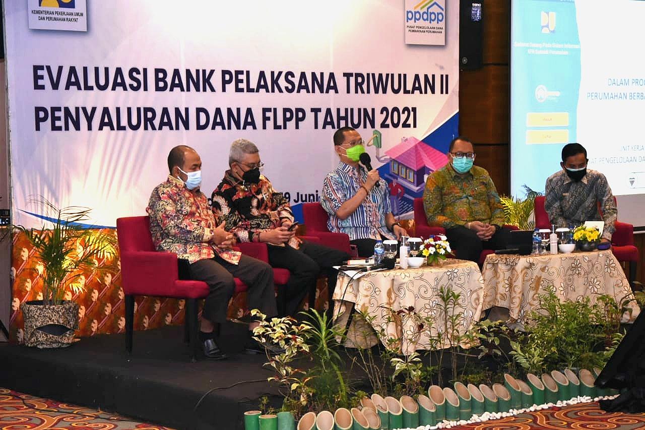 Bank-NTB-Syariah-menjadi-3-terbaik-dalam-Evaluasi-Bank-Pelaksana-Penyalur-FLPP.html