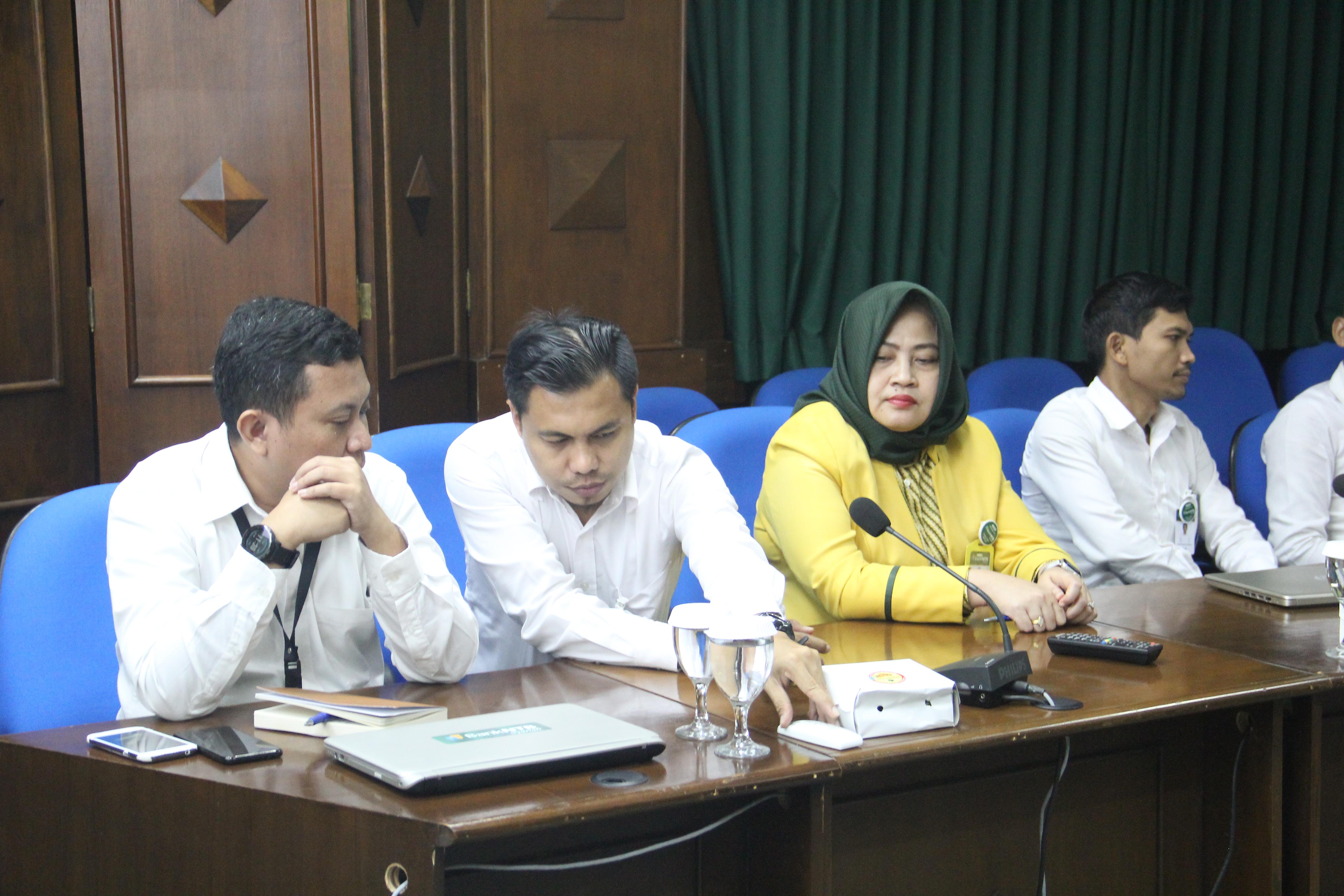Bank-Aceh-Syariah-Silaturrahim-ke-Bank-NTB-Syariah