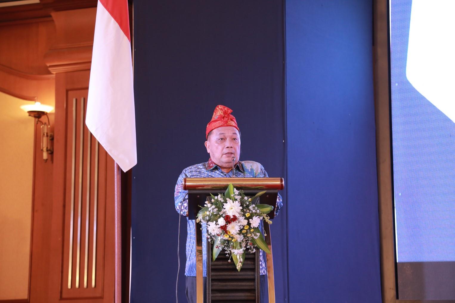 Gubernur-NTB-Buka-Acara-Seminar-dan-Rapat-Kerja-Nasional-Forum-Komunikasi-Dewan-Komisaris-Bank-Pembangunan-Daerah-Seluruh-Indonesia-FKDK-BPDSI-