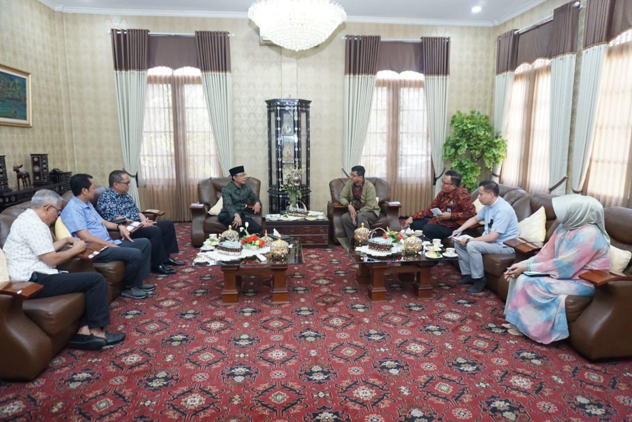 Silaturrahim_Bank_NTB_Syariah_dengan_Wali_Kota_Mataram